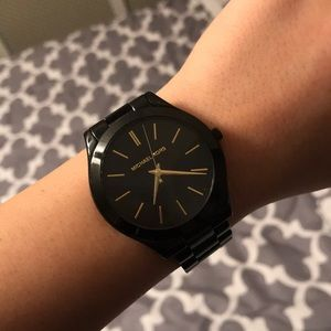 AUTHENTIC BLACK MICHAEL KORS WATCH WITH BOX